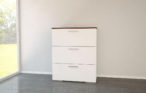 Schlafzimmer Kommode in Weiß und Holz