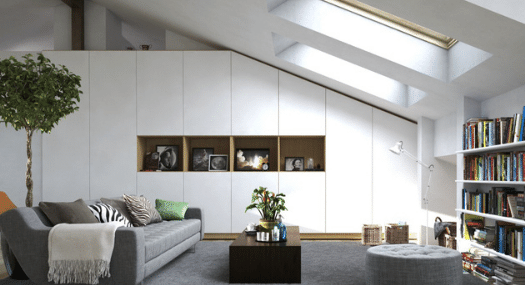 Wohnzimmer Schrank nach Maß für die Schräge und Bücherregal nach Maß